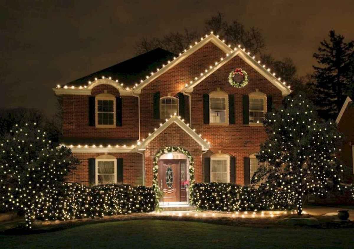 35 Beautiful Christmas Decorations Outdoor Lights Ideas (2)