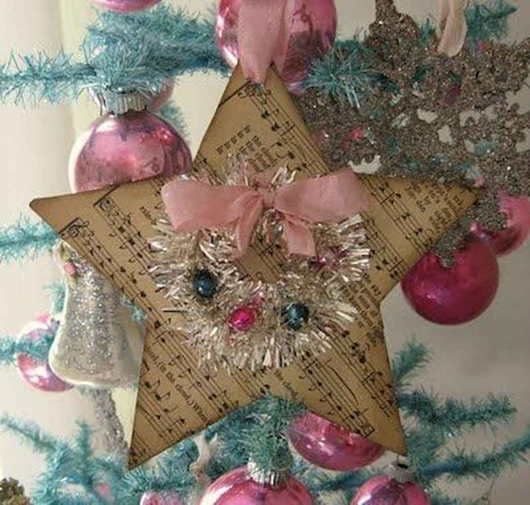 40 First Apartment Ideas Christmas Decorations Shabby Chic (39)