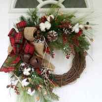45 Best Christmas Decorations Outdoor Pine Cones Ideas (29)