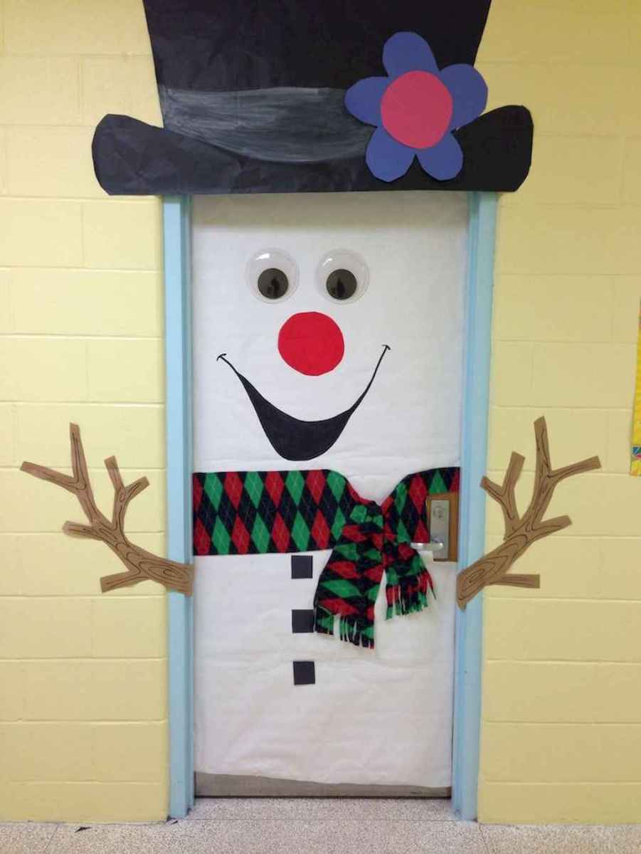 50 Simple Diy Christmas Door Decorations For Home And School