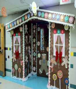 50 Simple DIY Christmas Door Decorations For Home And School (48)