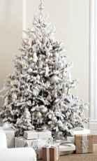 50 Stunning Modern Christmas Tree Decorations (11)