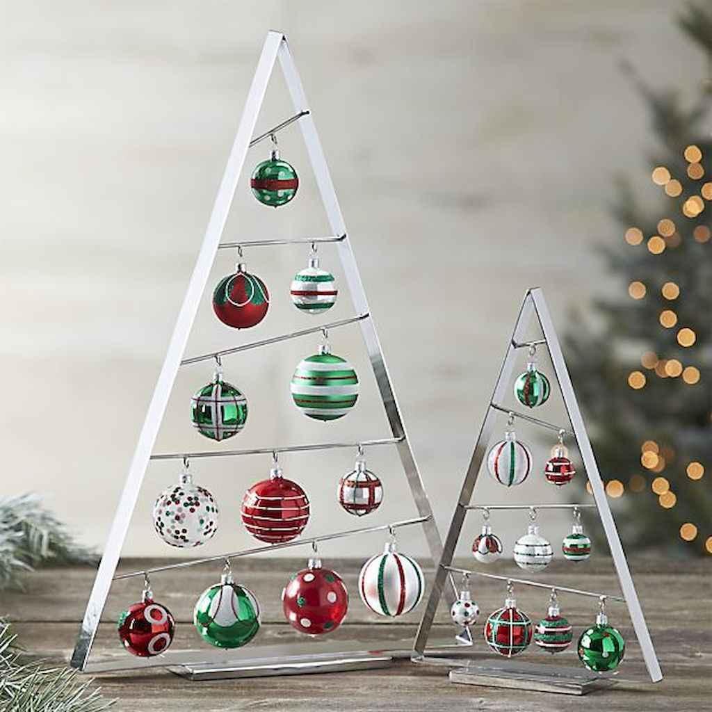 50 Stunning Modern Christmas Tree Decorations (37)