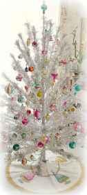 50 Stunning Modern Christmas Tree Decorations (48)