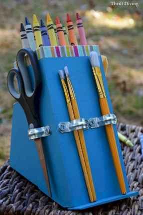 10 DIY Knife Block Crayon Holder Crafts Ideas (6)