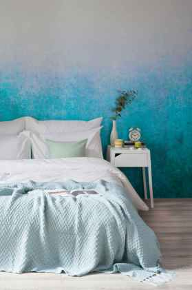 22 DIY Painted Ombre Wall For Apsrtment Decor Ideas (20)