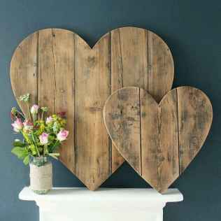 30 Cheap And Easy Valentines Apartment Decorations On A Budget (16)