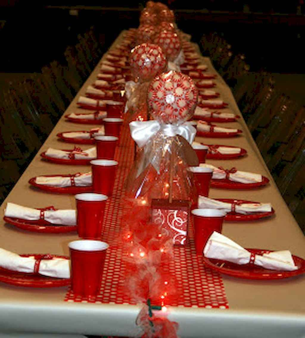 44 Romantic Valentines Party Decor Ideas (24)