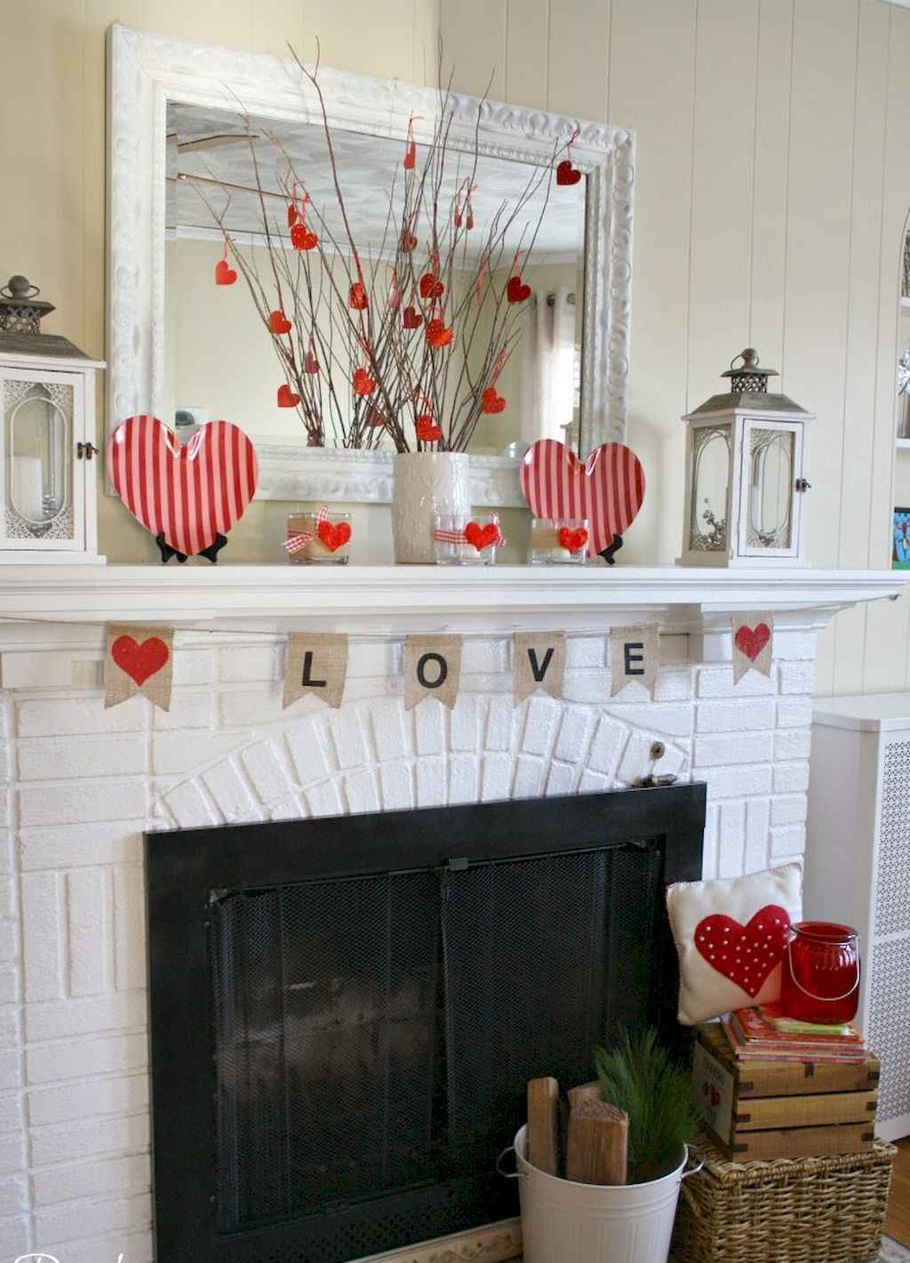 44 Romantic Valentines Party Decor Ideas (36)