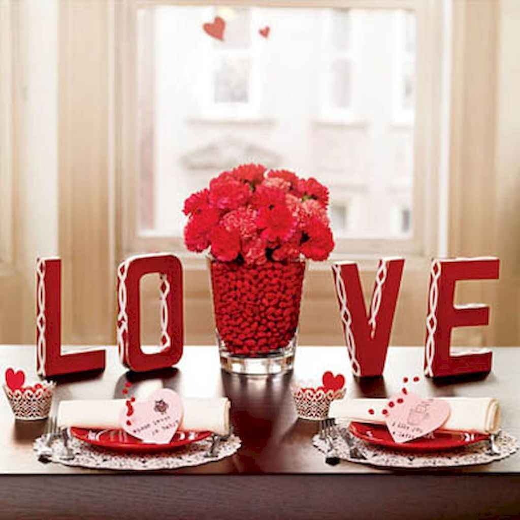 44 Romantic Valentines Party Decor Ideas (4)