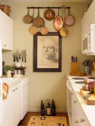 50 Amazing Small Apartment Kitchen Decor Ideas (28)