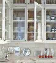 50 Fabulous Apartment Kitchen Cabinets Decor Ideas (24)
