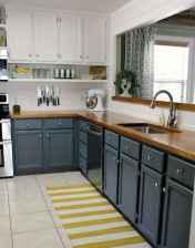 50 Fabulous Apartment Kitchen Cabinets Decor Ideas (50)