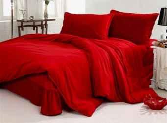 50 Romantic Valentine Bedroom Decor Ideas (16)