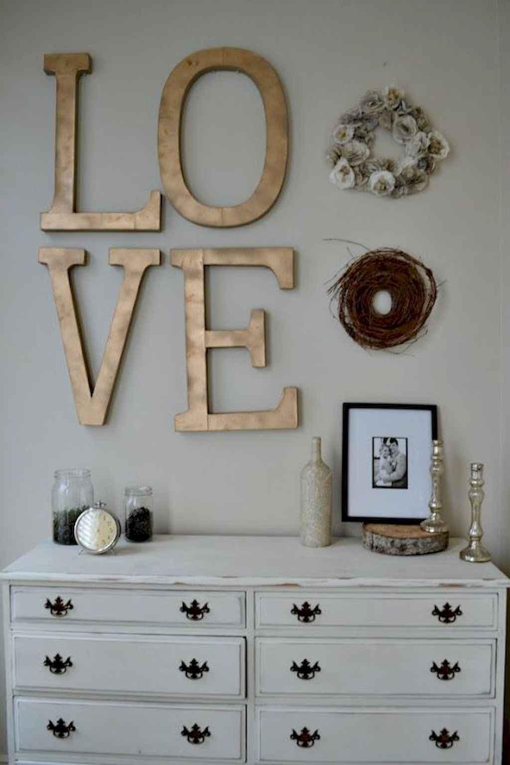 50 Romantic Valentine Bedroom Decor Ideas (4)