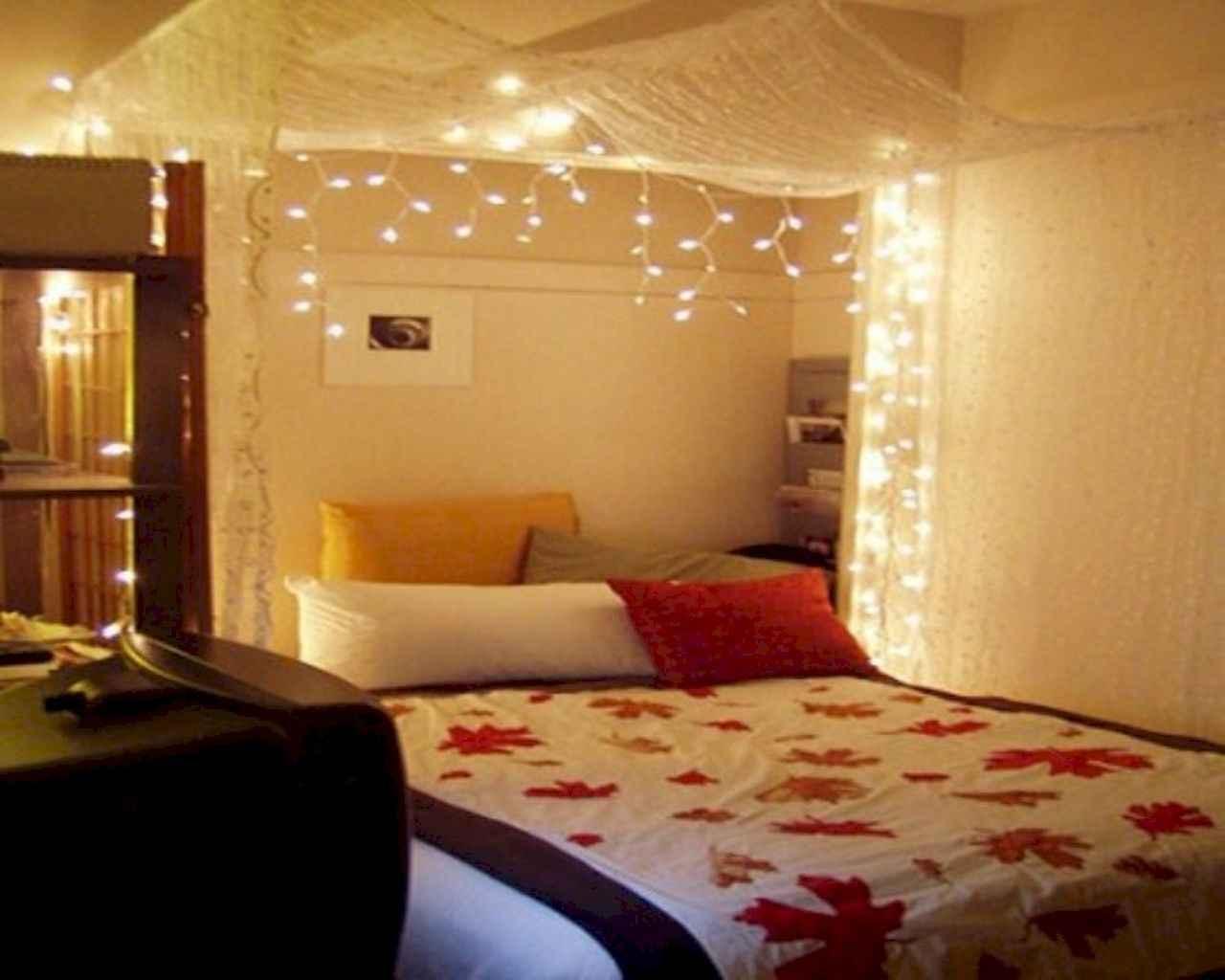 50 Romantic Valentine Bedroom Decor Ideas (41)
