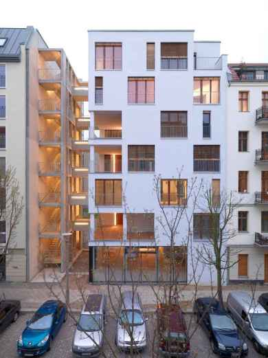 50 marvelous Modern Facade Apartment Decor Ideas (23)