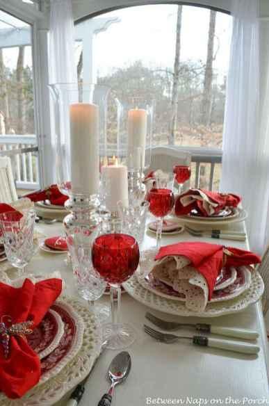 66 Romantic Valentines Table Settings Decor Ideas (16)