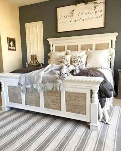 100 Stunning Farmhouse Master Bedroom Decor Ideas (29)