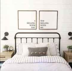 100 Stunning Farmhouse Master Bedroom Decor Ideas (31)