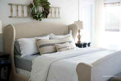 100 Stunning Farmhouse Master Bedroom Decor Ideas (38)