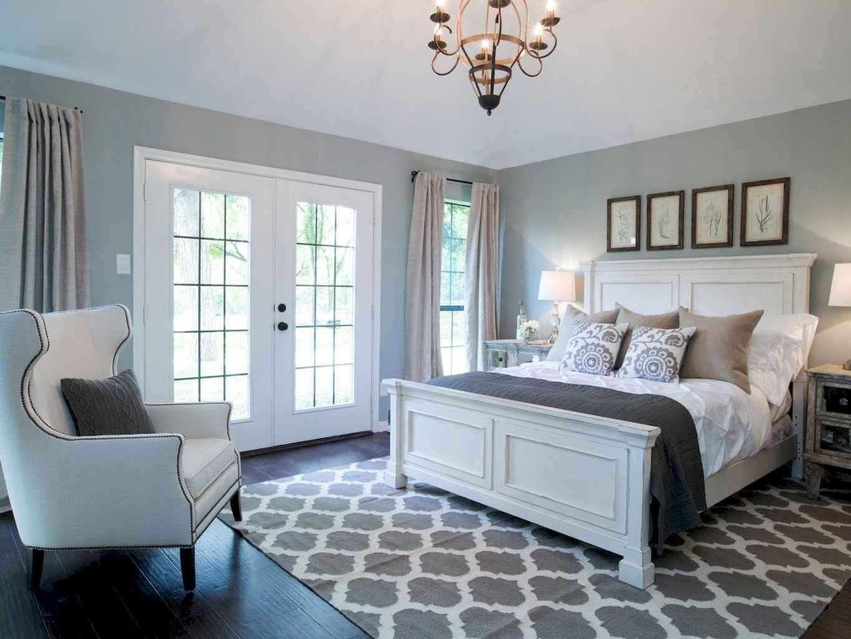 100 Stunning Farmhouse Master Bedroom Decor Ideas (57)