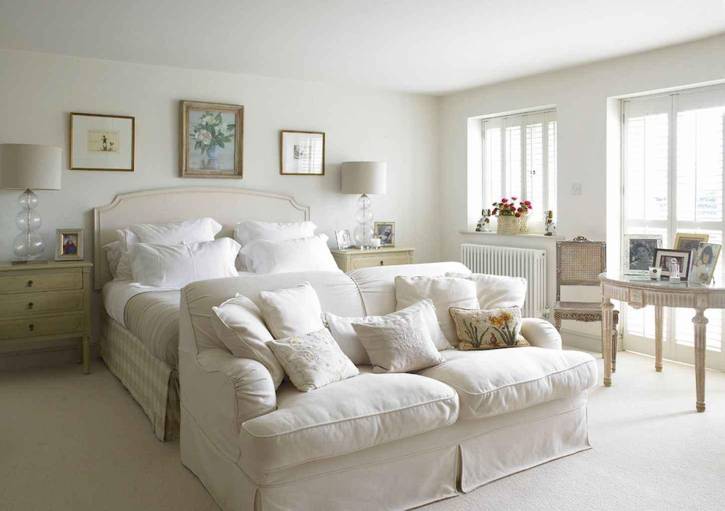 100 Stunning Farmhouse Master Bedroom Decor Ideas (68)