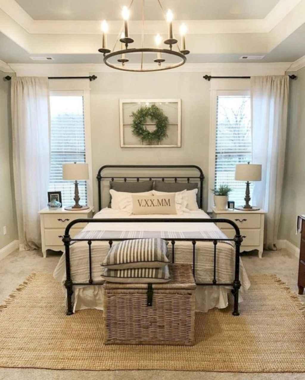100 Stunning Farmhouse Master Bedroom Decor Ideas (89)