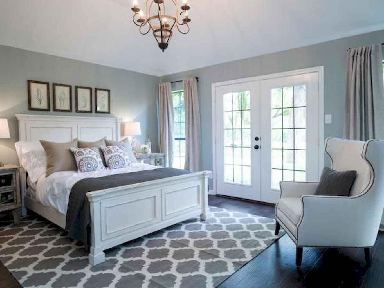 100 Stunning Farmhouse Master Bedroom Decor Ideas (90)