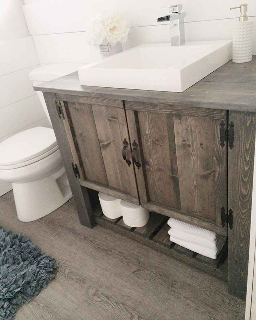 110 Best Farmhouse Bathroom Decor Ideas (111)