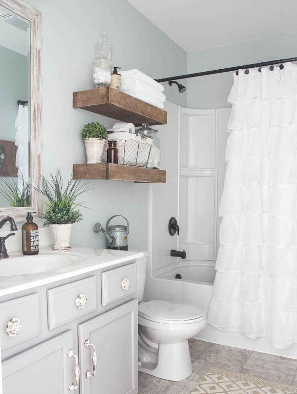 110 Best Farmhouse Bathroom Decor Ideas (118)