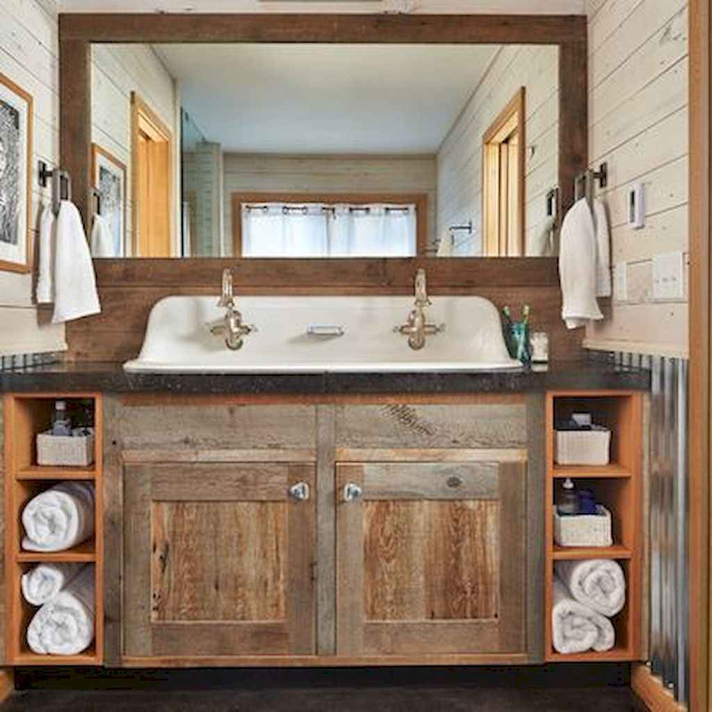 110 Best Farmhouse Bathroom Decor Ideas (126)