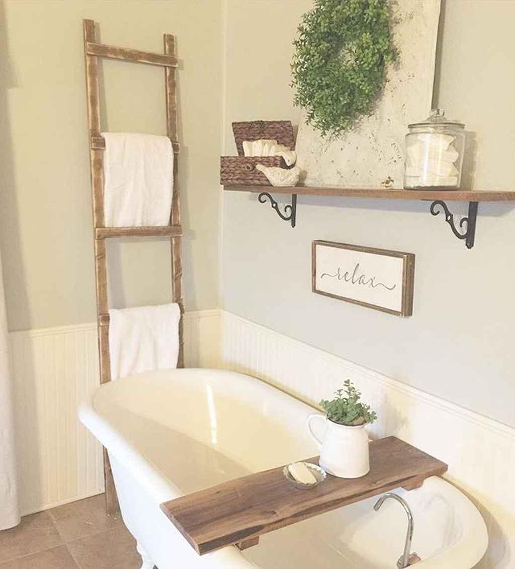 110 Best Farmhouse Bathroom Decor Ideas (147)