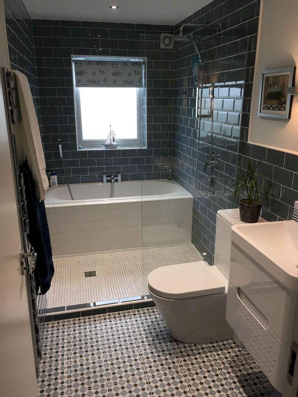 111 Brilliant Small Bathroom Remodel Ideas On A Budget (19)