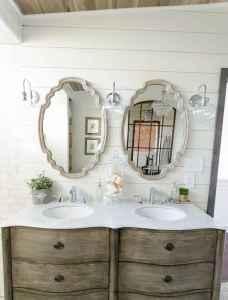 125 Brilliant Farmhouse Bathroom Vanity Remodel Ideas (18)