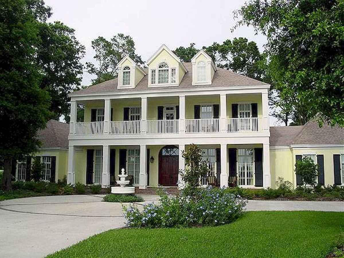 80 Amazing Plantation Homes Farmhouse Design Ideas (17)