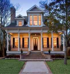 80 Amazing Plantation Homes Farmhouse Design Ideas (26)