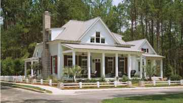 80 Amazing Plantation Homes Farmhouse Design Ideas (60)