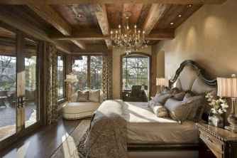 Best 25 Farmhouse Master Bedroom Decor Ideas (18)