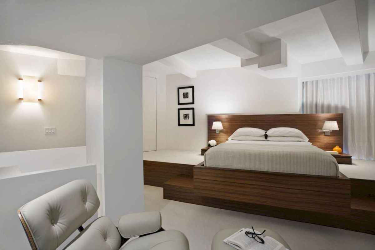 Best 25 Farmhouse Master Bedroom Decor Ideas (2)