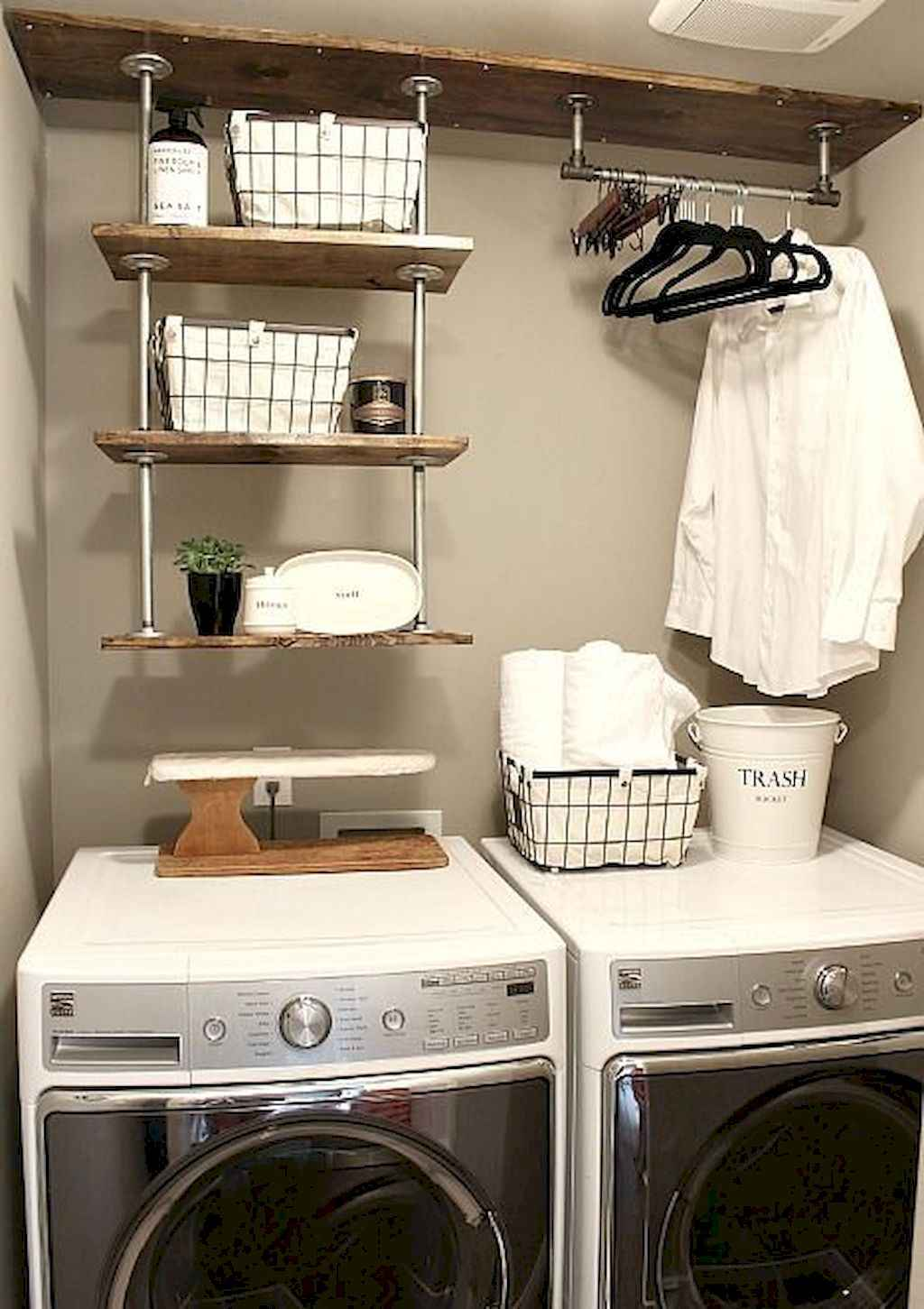 45 Rustic Farmhouse Laundry Room Design Ideas and Makeover (12)