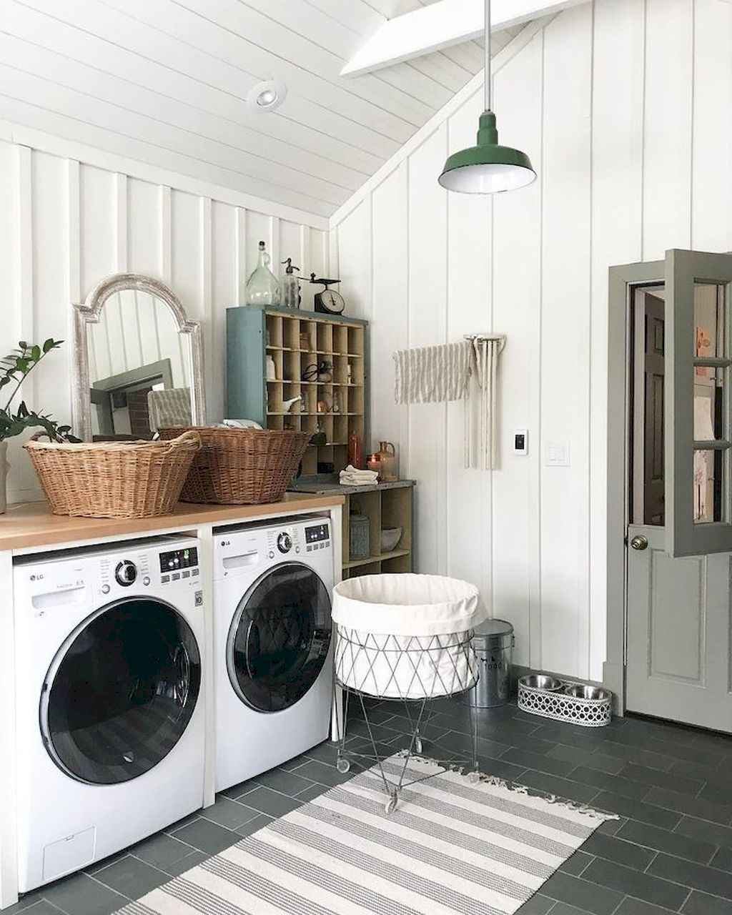 45 Rustic Farmhouse Laundry Room Design Ideas and Makeover (17)