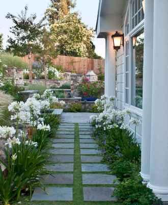 55 Beautiful Side Yard Garden Design Ideas (54)
