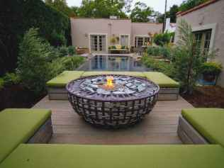 60 Beautiful Backyard Fire Pit Ideas Decoration and Remodel (17)