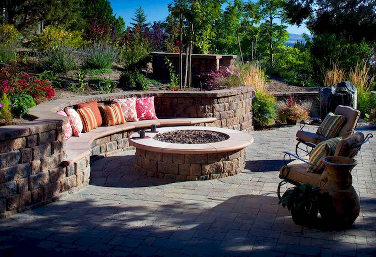 60 Beautiful Backyard Fire Pit Ideas Decoration and Remodel (53)