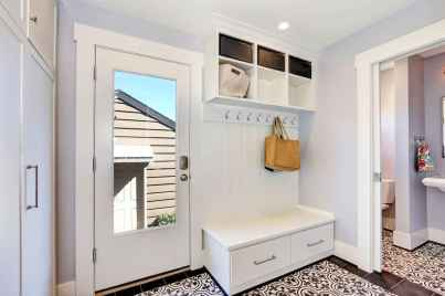 65 Cool Mudroom Design Ideas and Remodel (44)