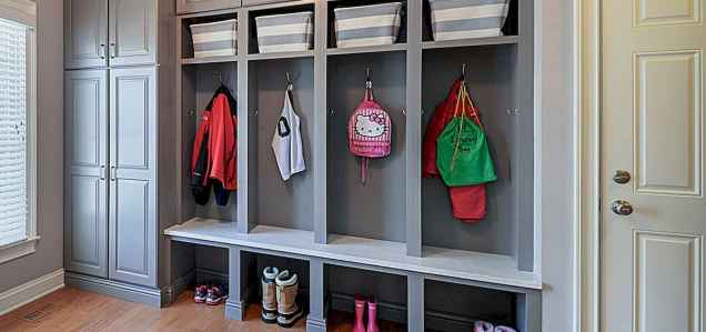 65 Cool Mudroom Design Ideas and Remodel (46)