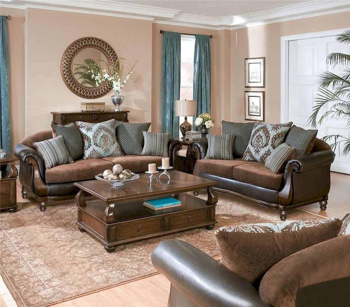 70 Rustic Farmhouse Living Room Decor Ideas (49)