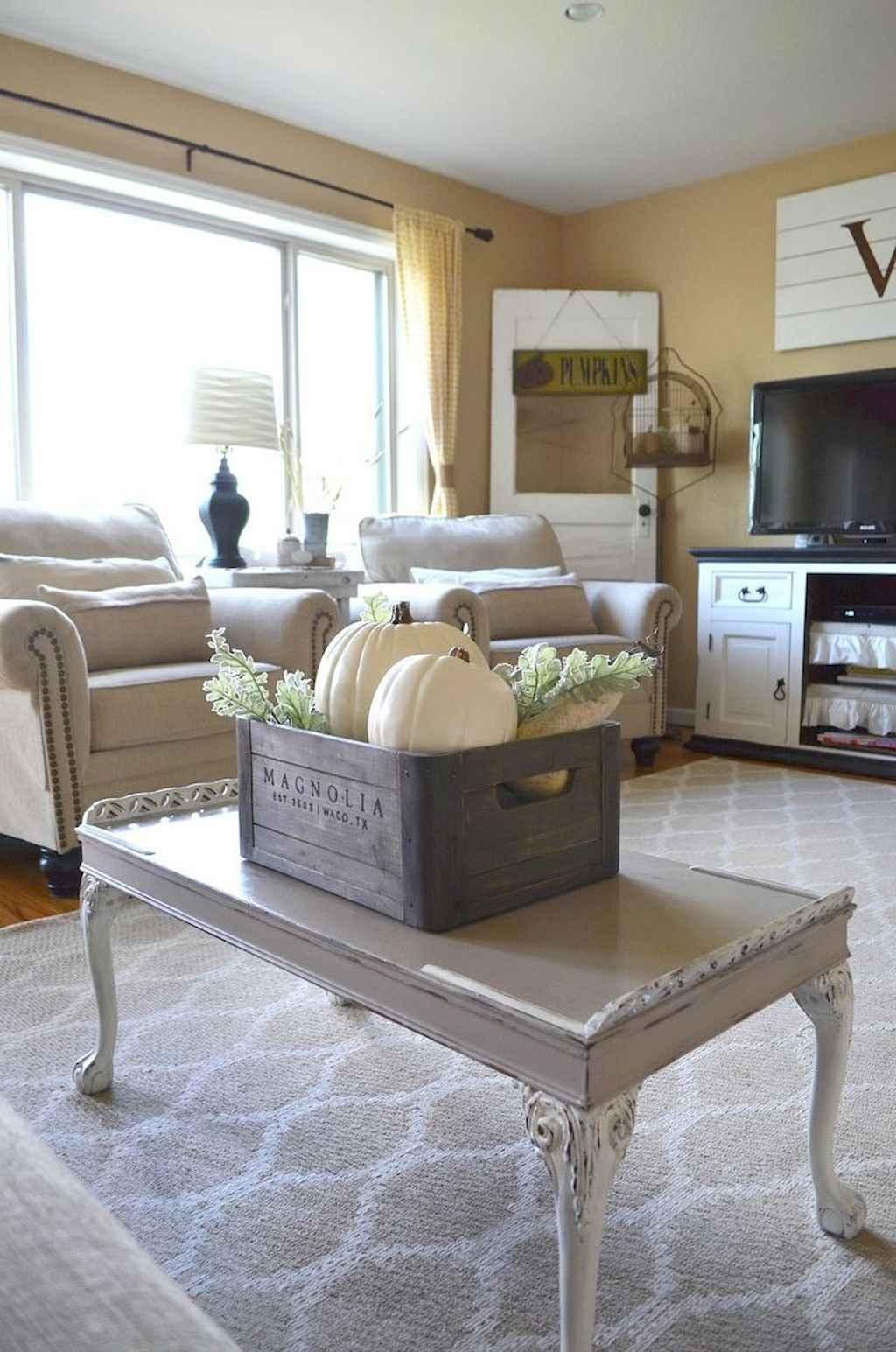 70 Rustic Farmhouse Living Room Decor Ideas (52)