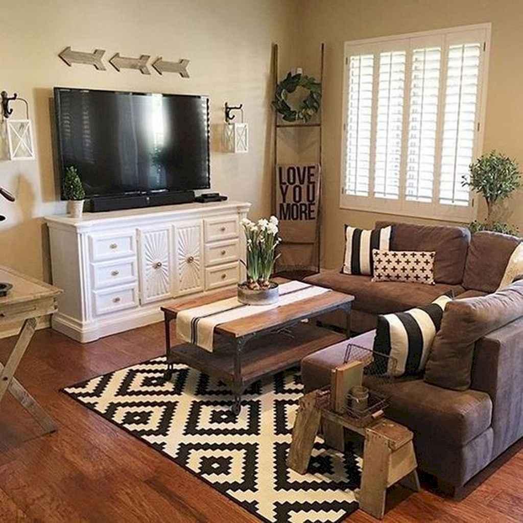 70 Rustic Farmhouse Living Room Decor Ideas (56)